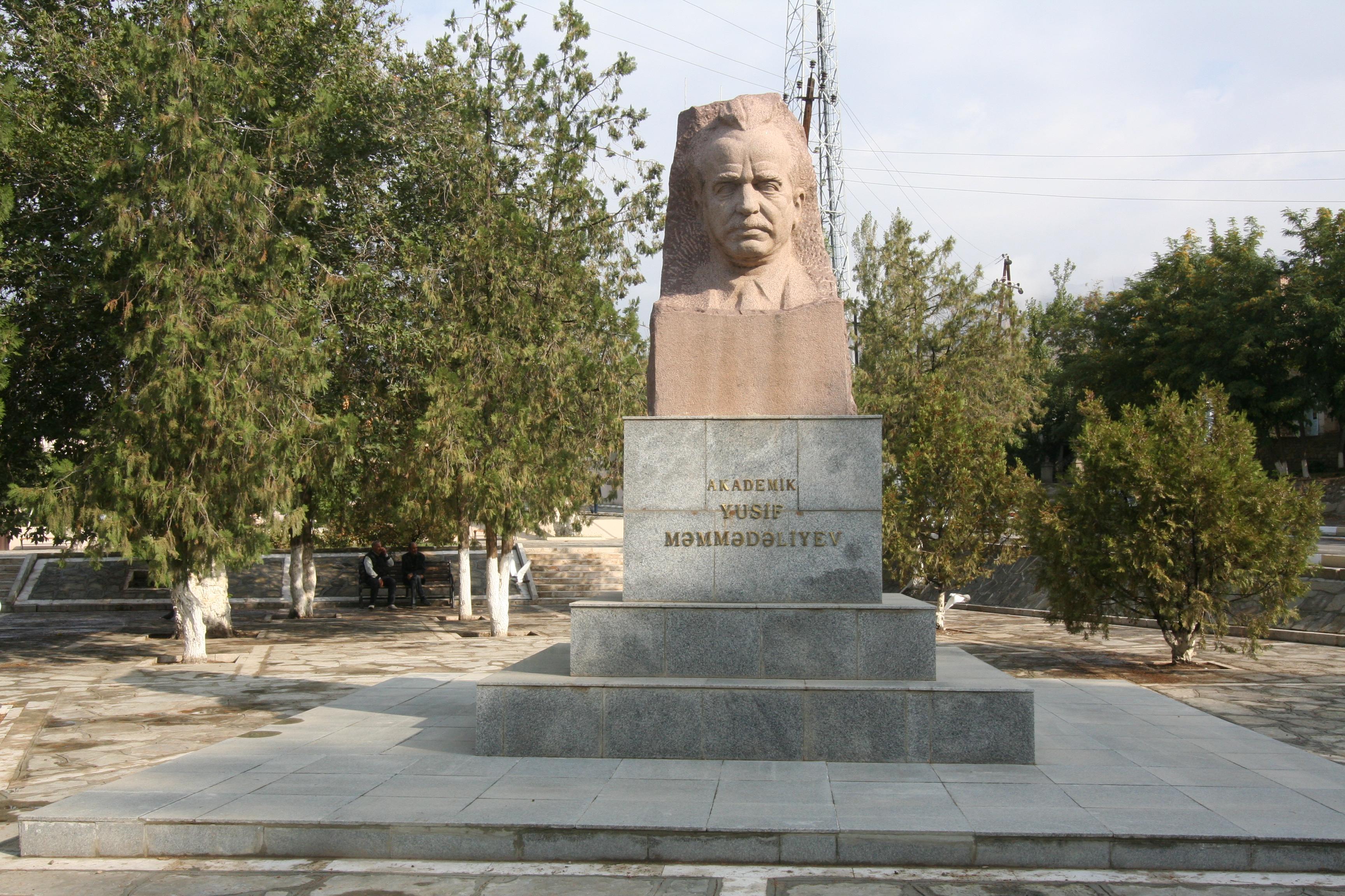 NGA VIZITA NE NAKCIVAN, AZERBAIXHAN, NE MAJ, 2016